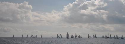 fleet in light wind